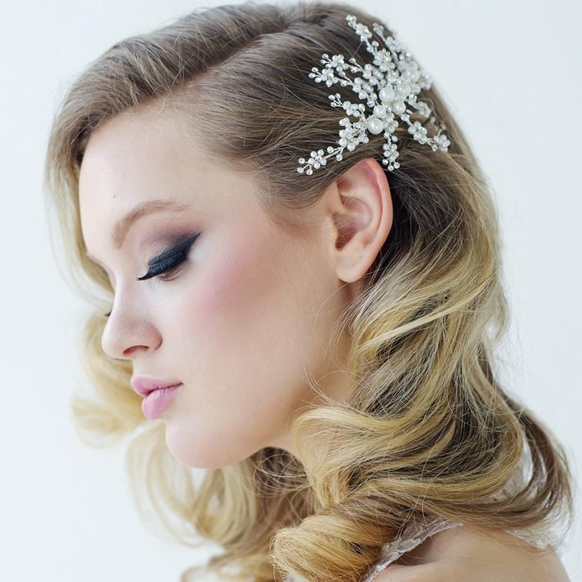 Betsy Pearl Spray Wedding Comb