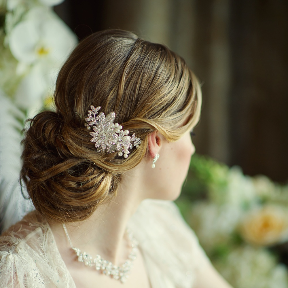 Esme Pearl Bridal Comb