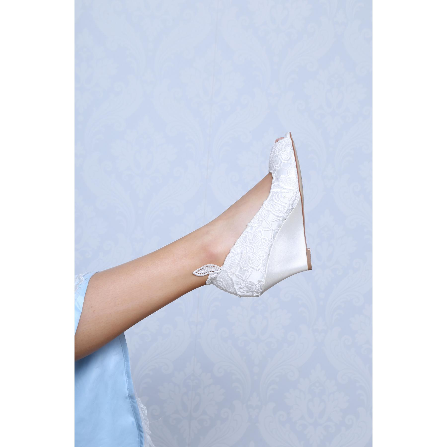 Perfect Bridal Flora Shoes - Ivory Lace