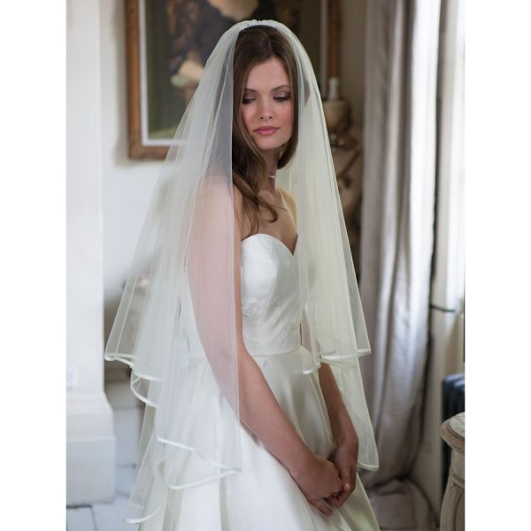 Rainbow Club Jessamy II Wedding Veil