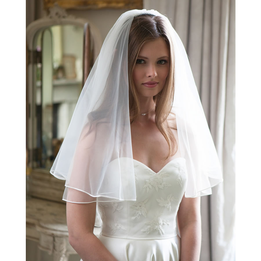 Rainbow Club Tosca II Wedding Veil