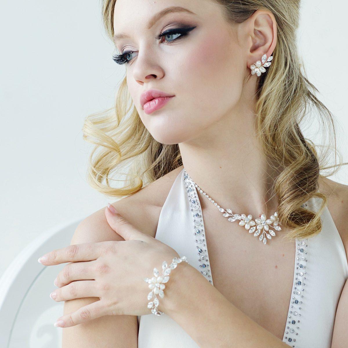 Eternally Freshwater Pearl Bracelet