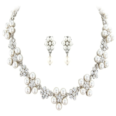 Elite Collection Chic Pearl Necklace Set - Ivory