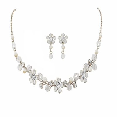 Sass B Collection Pretty Pearl Necklace Set