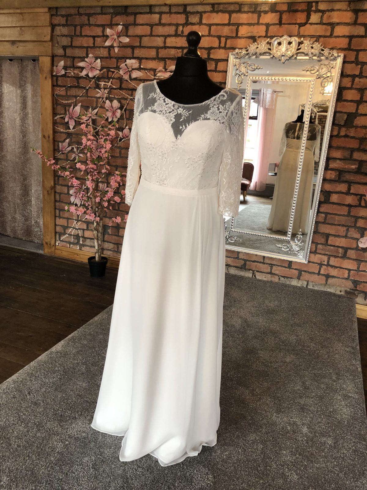 Mascara Sheer Lace Empire Wedding Dress 1