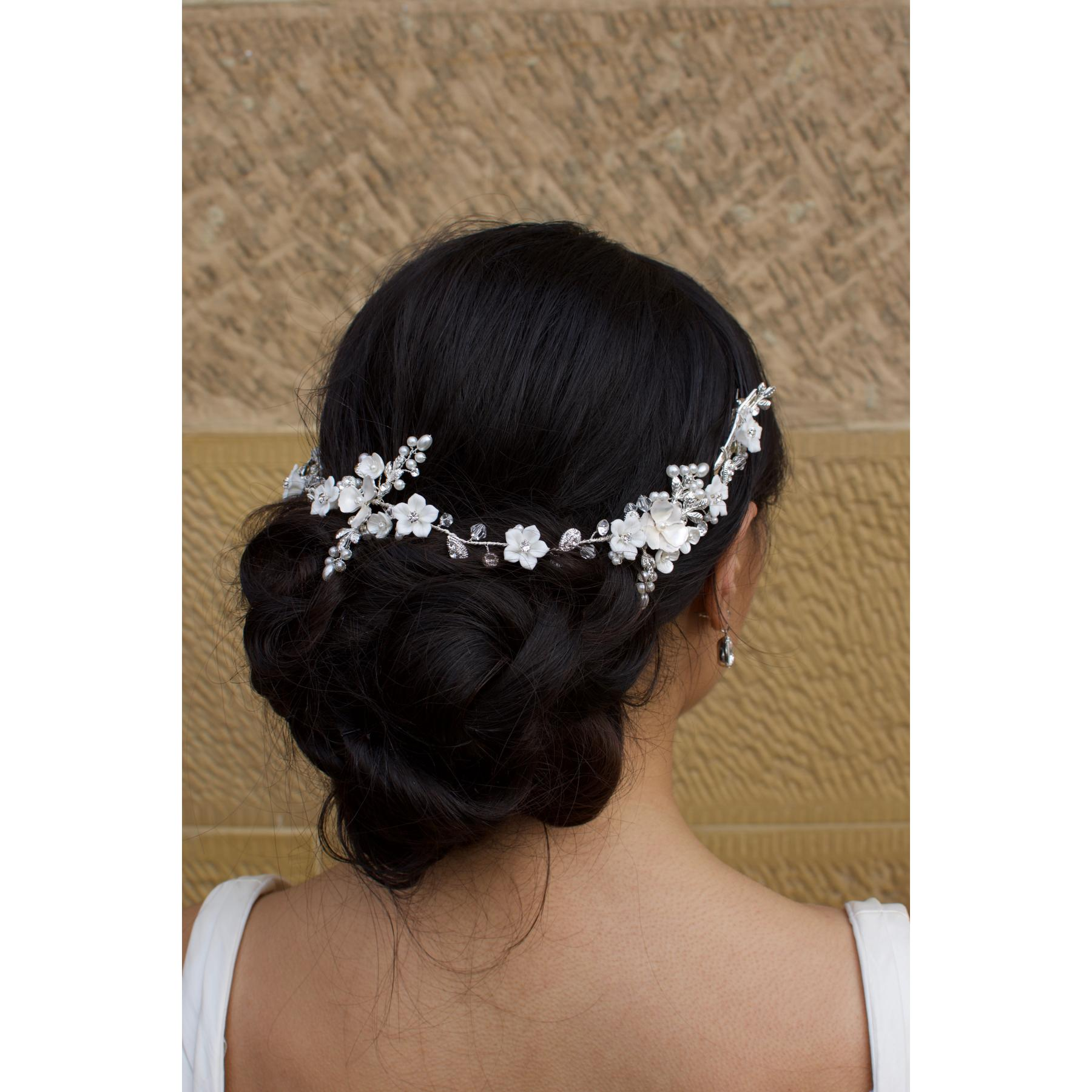 Windsor Camilla White/Silver Flower Hair Vine - WV211 1