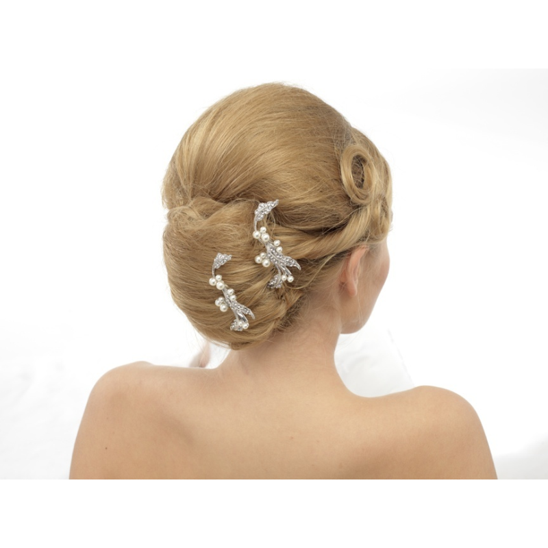 Elite Collection Crystal Luxe hair pins 2