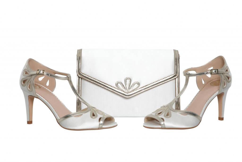 Perfect Bridal Clover Bridal Bag 2