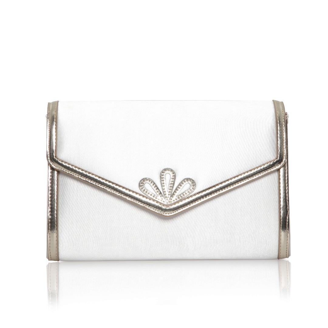 Perfect Bridal Clover Bridal Bag 1