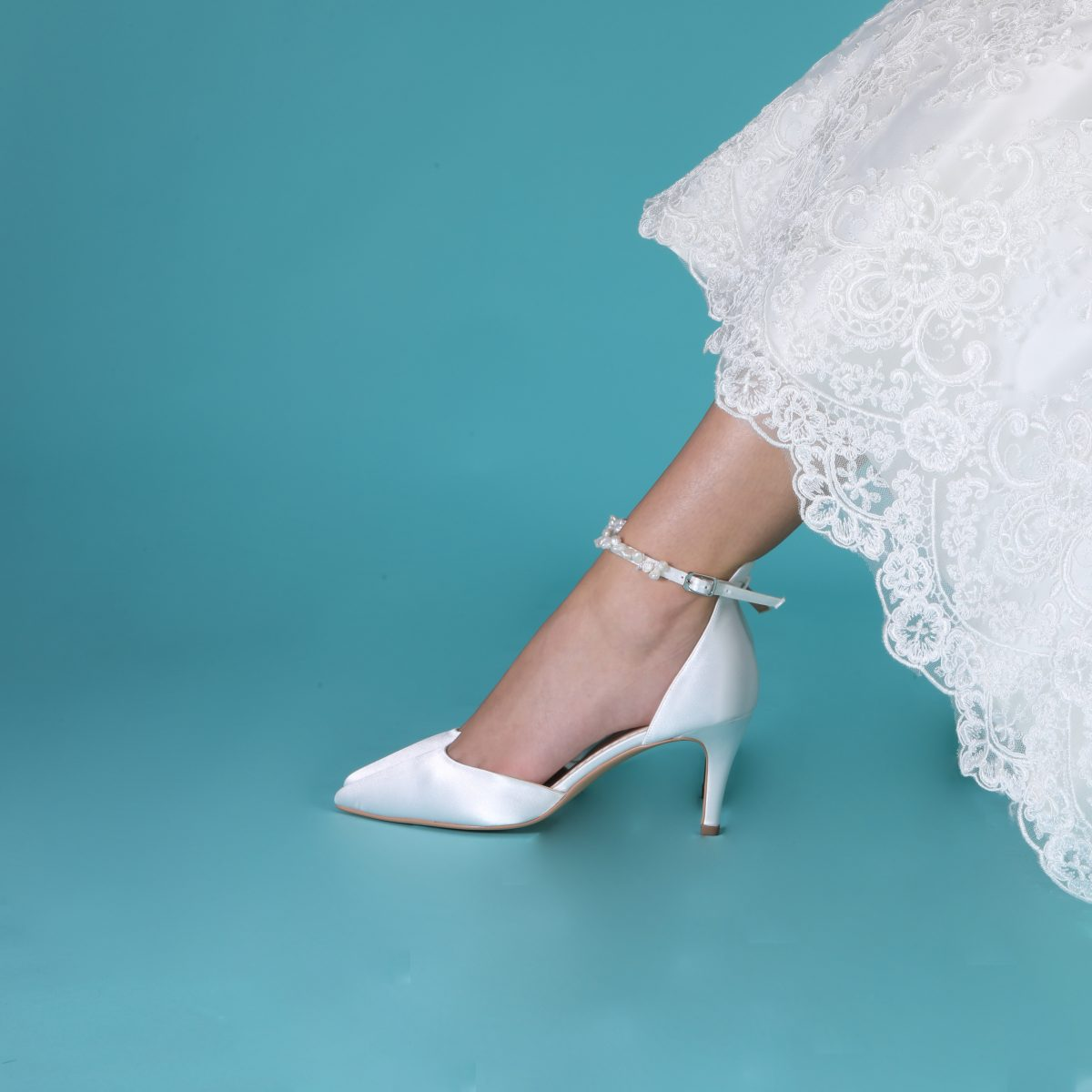 Perfect Bridal Ella Shoes - Mid Heel 2