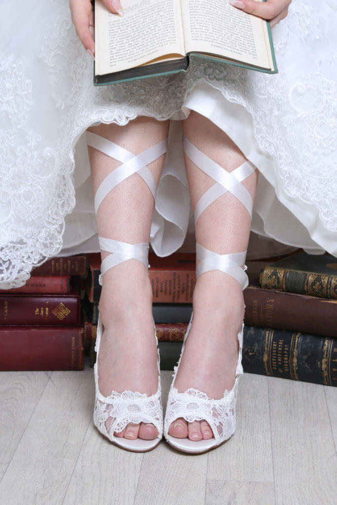 Perfect Bridal Violet - Ivory Lace 2
